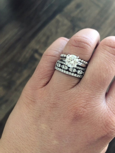 How To Pair Your Engagement Ring With The Right Wedding Band Sparkly Find Your Ringspiration